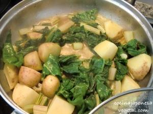 Acelgas-patatas-2